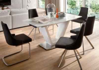 5 MC AKCENT 4 stół ILKO krzesła ELARA