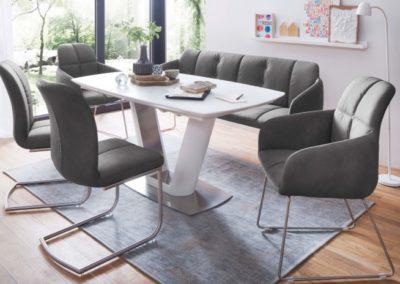 5 MC AKCENT 6 stół VANITA krzesła TESSERA